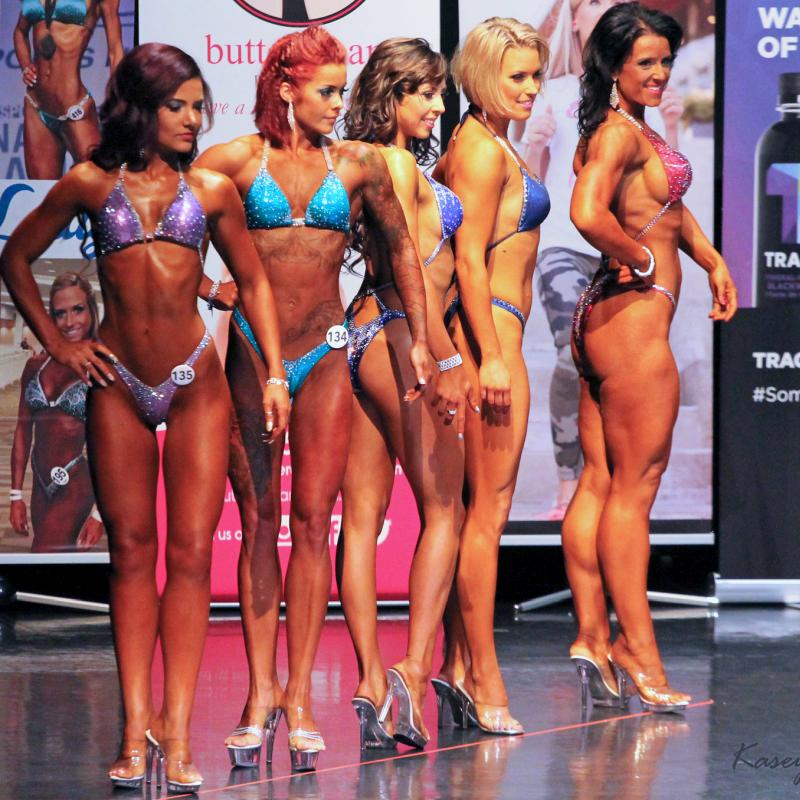 Choosing shoes for bikini fitness or body fitness contests